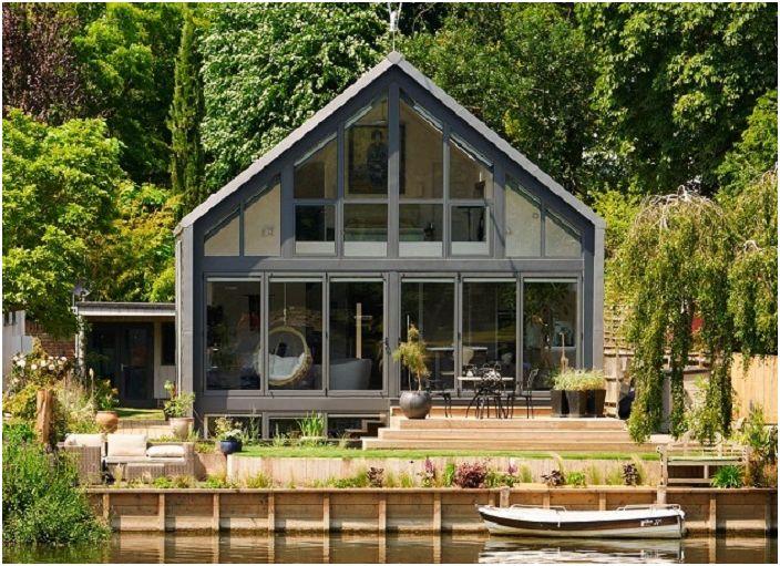 Projekt architektoniczny domu-amfibii autorstwa Baca Architects.