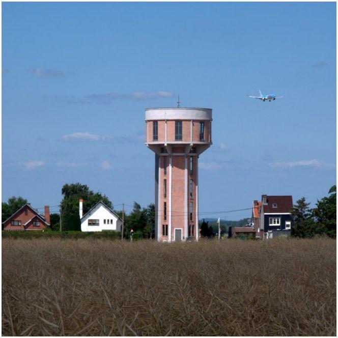Dom z wieży ciśnień