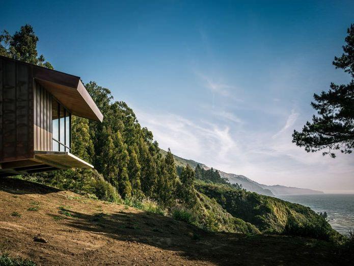 Къща на скалата