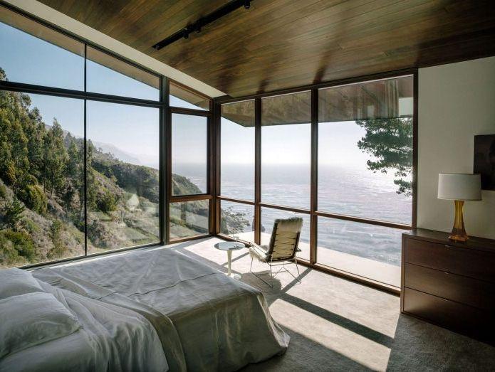 вътрешна къща с гледка към океана