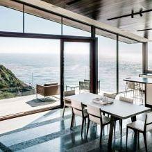Къща на скала с изглед към океана-10