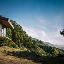 Къща на скала с изглед към океана-7