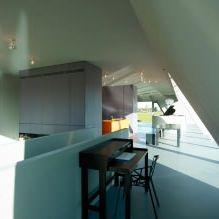 Къща с необичайна форма от студио VMX Architects-4