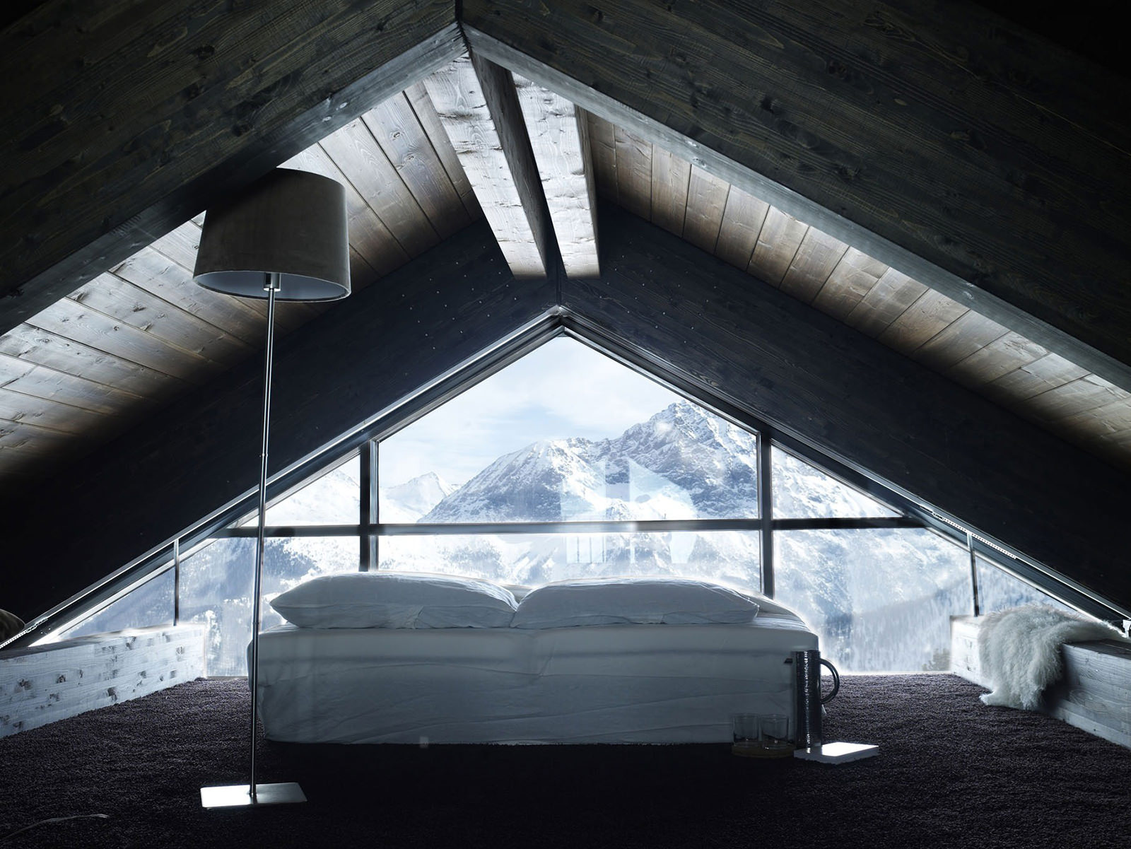 Къща в Алпите