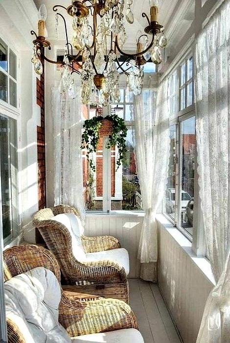 Страхотен балкон интериор.