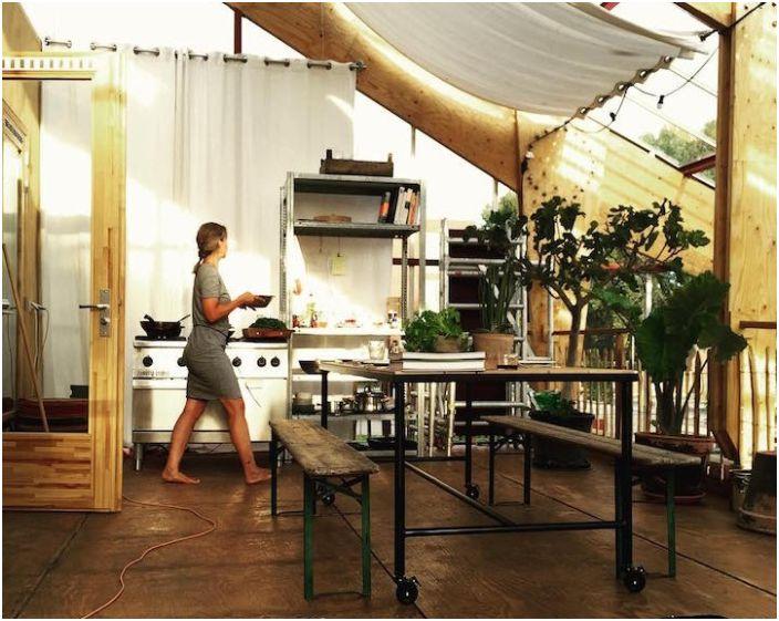 Къща-оранжерия в Ротердам. Кухня.