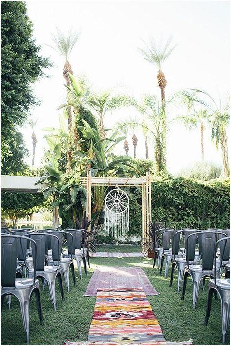 Нестандартните сватбени решения са това, от което се нуждаете за сватбено тържество.