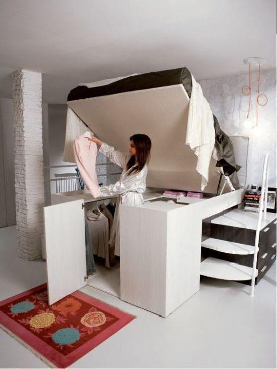 спалня-хол 8. легло на подиума