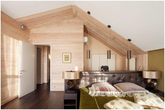 sypialnia w projekcie drewnianego domu z baru
