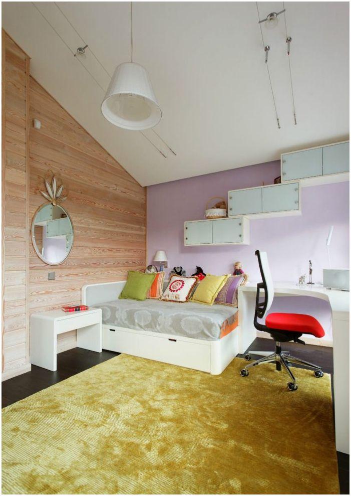 детска стая в дизайна на дървена къща от бар