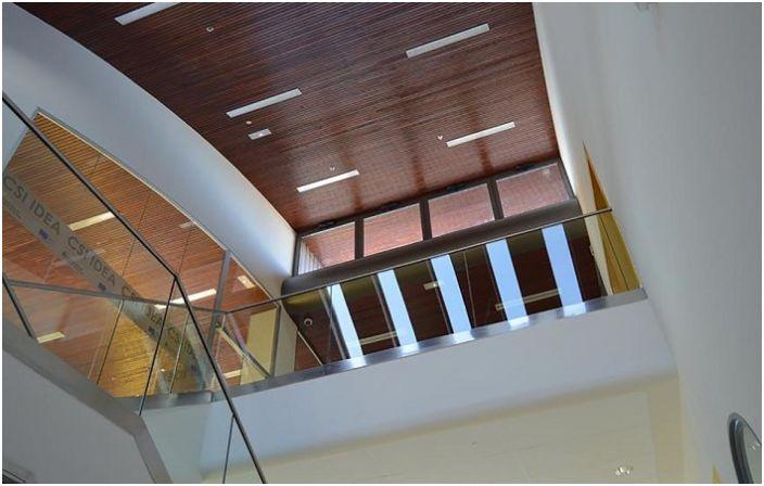 CSI-IDEA Building. Вид изнутри.