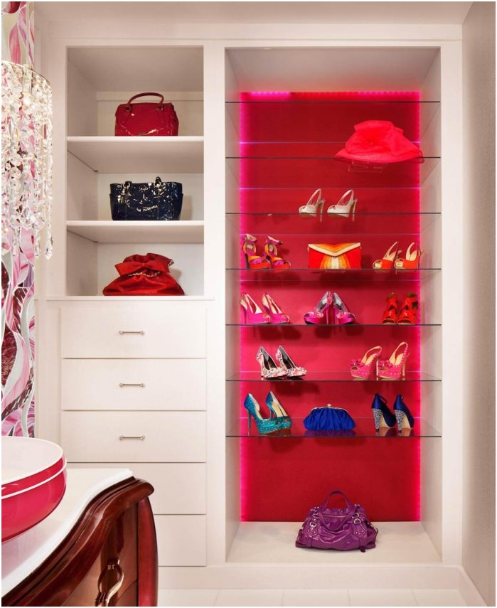 buty jako dekoracja wnętrz