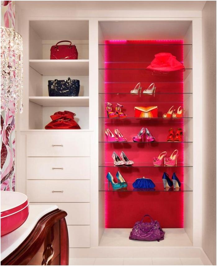 обувки като интериорна декорация