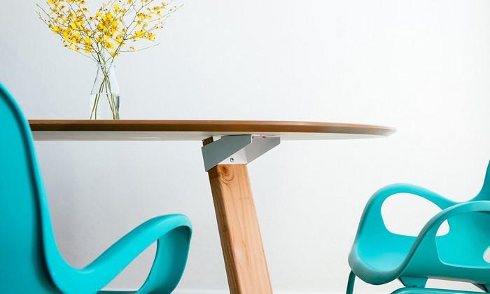 The UX4 – система универсальных креплений, благодаря которым можно собрать любую мебель