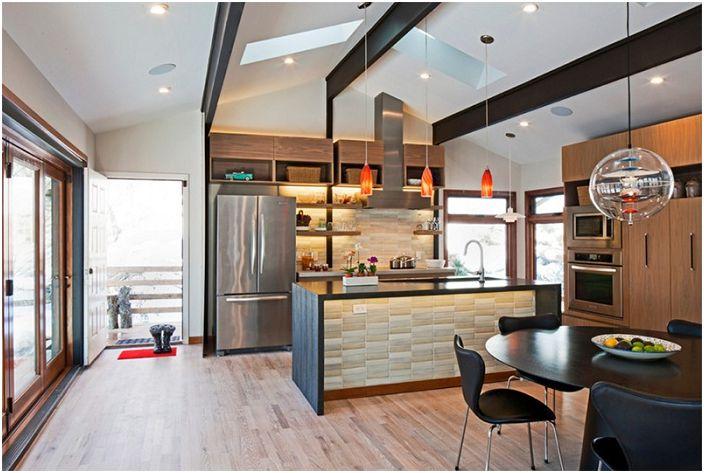Keraamisten laattojen käyttö tässä keittiössä teki tempun ja kaunistaa sen.