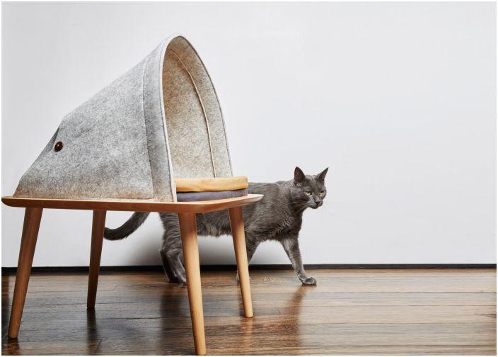 Filcowe legowisko dla kota.