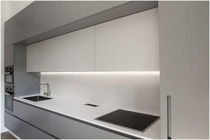 Ukryte oświetlenie idealne do małych wnętrz