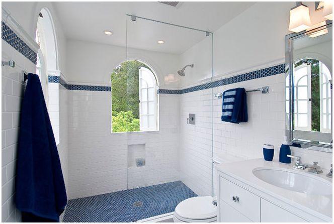 Zdjęcie niebieskiej łazienki