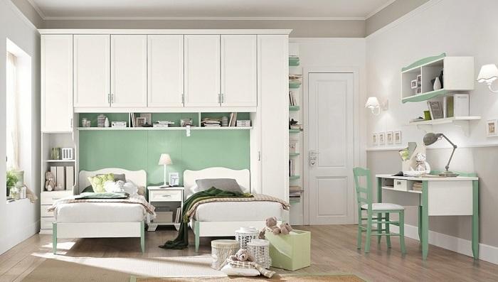 Использовать мятный спектр можно в сочетании с нежно-белым цветом в каждой детали интерьера.
