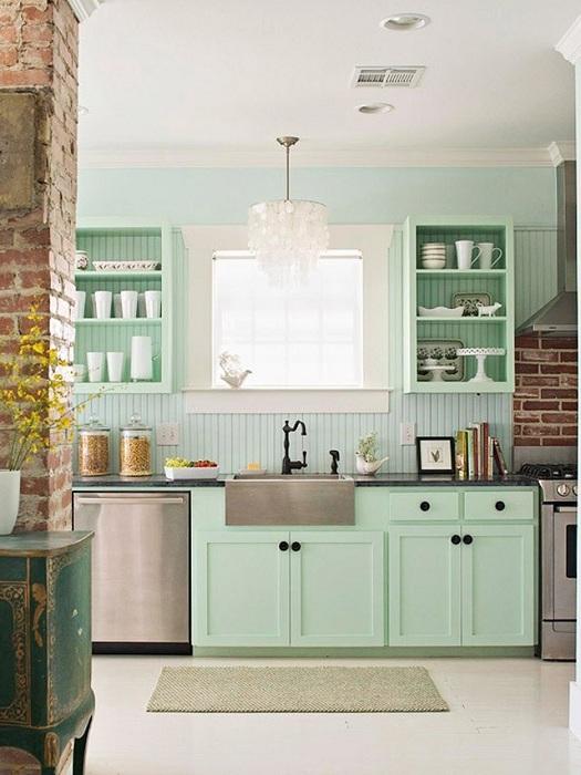 Цветът на ментата в кухнята ще подчертае изтънчеността на всеки елемент.