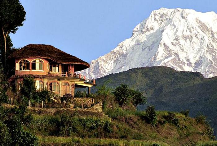 Luksusowa rezydencja z widokiem na Himalaje.