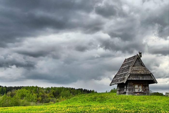 Mały dom na Litwie.