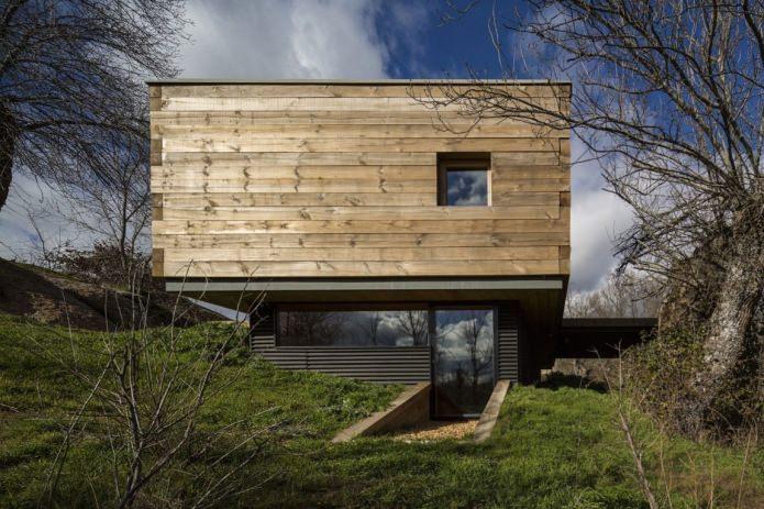 Lite moderne flatt takhus av ch + qs arquitectos