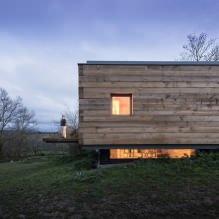 Liten moderne flatt takhus av ch + qs arquitectos-11