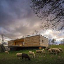 Liten moderne flatt takhus av ch + qs arquitectos-12