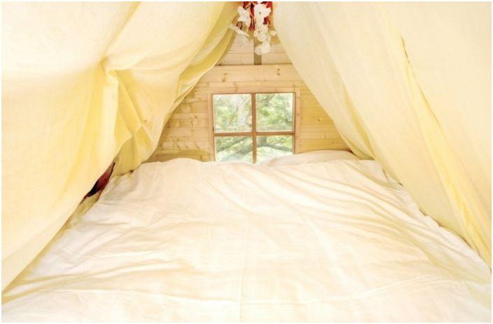 Dom Wróbla. Sypialnia.