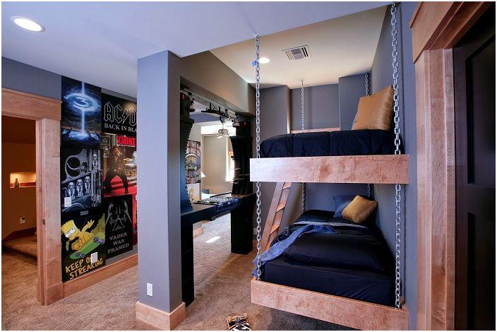 Ciekawy projekt sypialni dziecięcej, której wnętrze uzupełnia łóżko piętrowe.