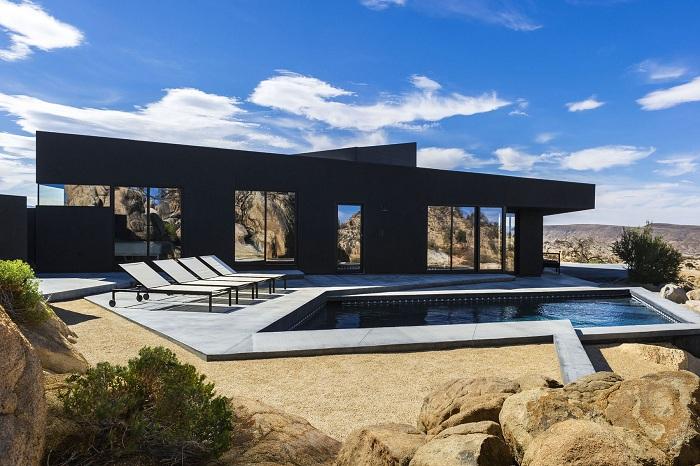 Черната къща е черна къща в долината Юка.