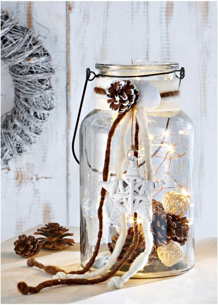 Zdobienie szklanego słoika girlandą
