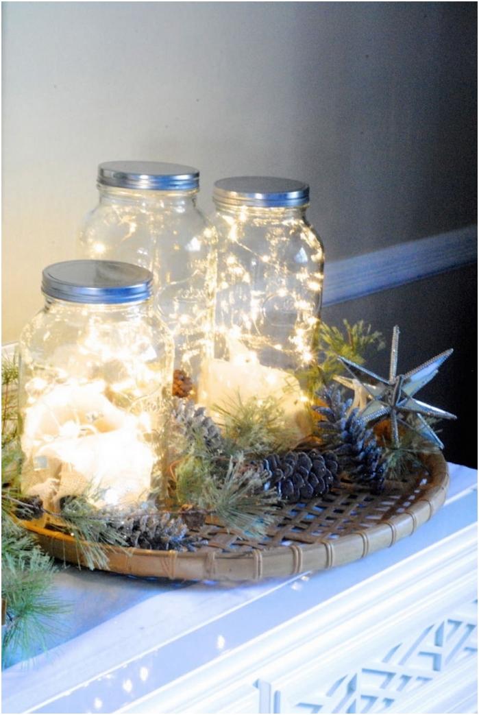 Zdobienie szklanych słoików girlandą