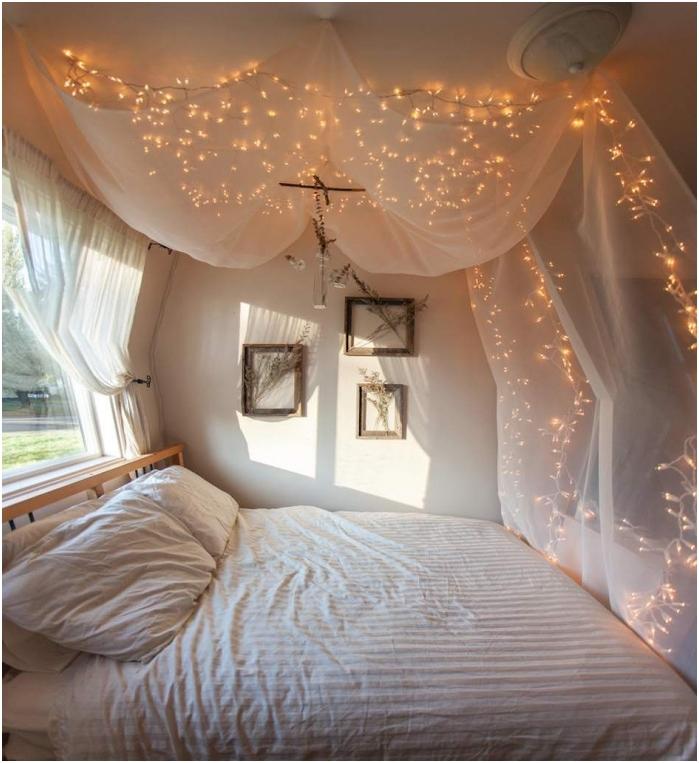 полупрозрачна тъкан с гирлянд: завеса за легло