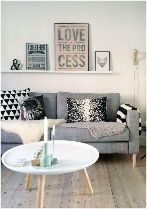 A kifinomult, szürke árnyalatú belső teret a szürke árnyalatok és a kellemes dekorációs elemeknek köszönhetően hozzák létre.