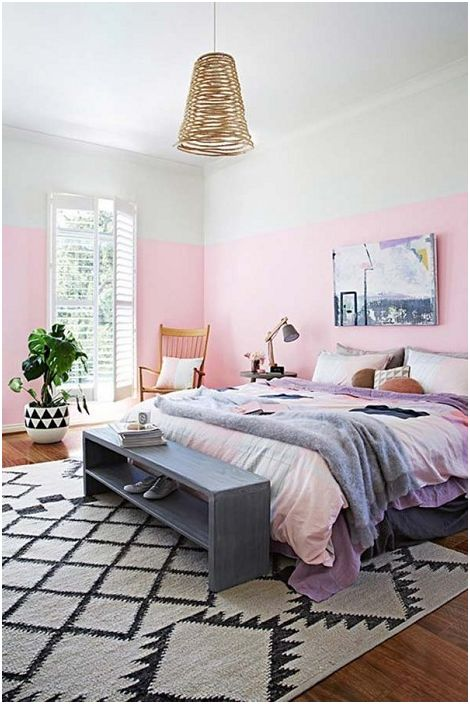Удобна многофункционална пейка, която ще украси интериора на вашата спалня и ще създаде още по-уютна атмосфера.