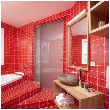Особенности дизайна ванной в красно-белом цвете-10