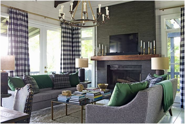 Уютная цветовая гамма в серыo-зеленых тонах погрузит в специфическую и необыкновенную атмосферу.