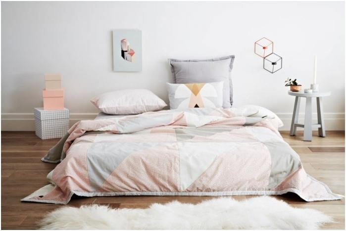 Pastelowe kolory we wnętrzu sypialni