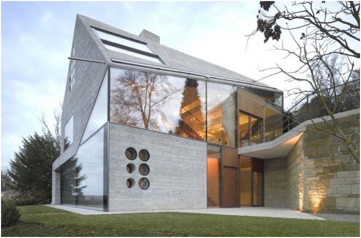 Haus 36 est une maison asymétrique située à la périphérie de Stuttgart.
