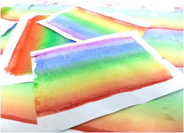 Мастерим валик для покраски стен радугой