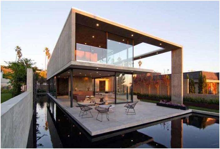 Вила Креста, Калифорния, САЩ.