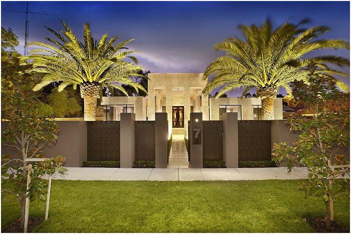 Прекрасен дом в Калифорния, САЩ.