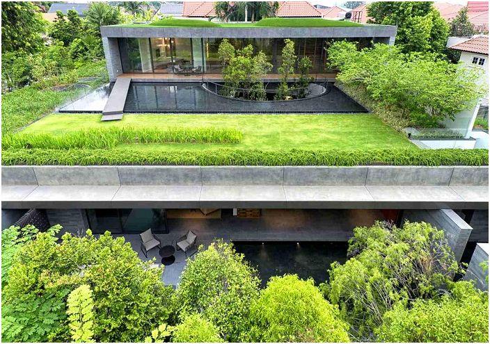 Къща с градина в Сингапур.