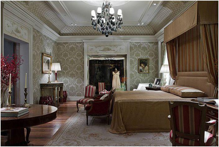 Wnętrze sypialni autorstwa Allan Malouf Studio