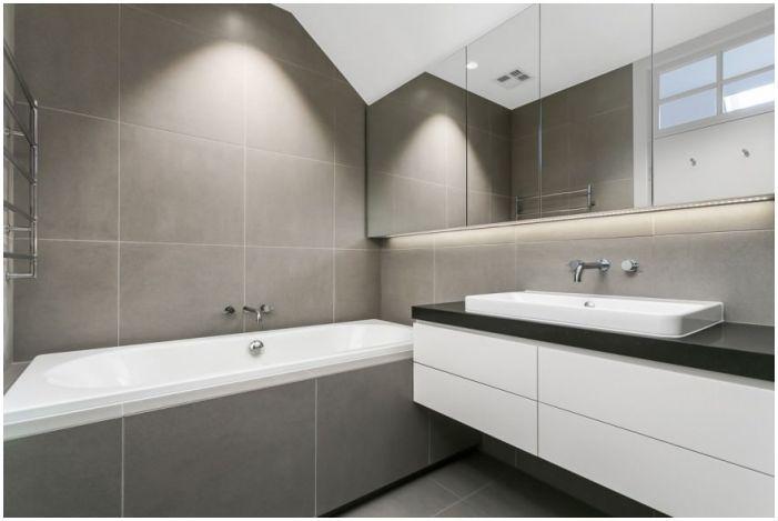 Сиви минималистични плочки за баня