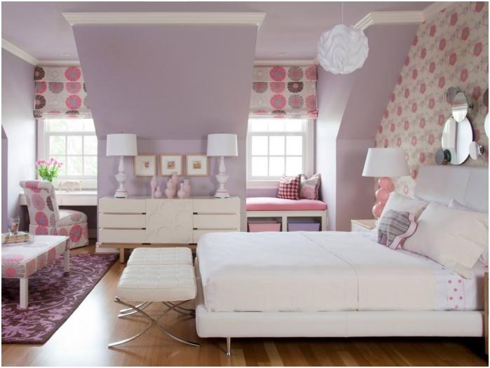 Цвят на лавандула във вътрешността на детската стая