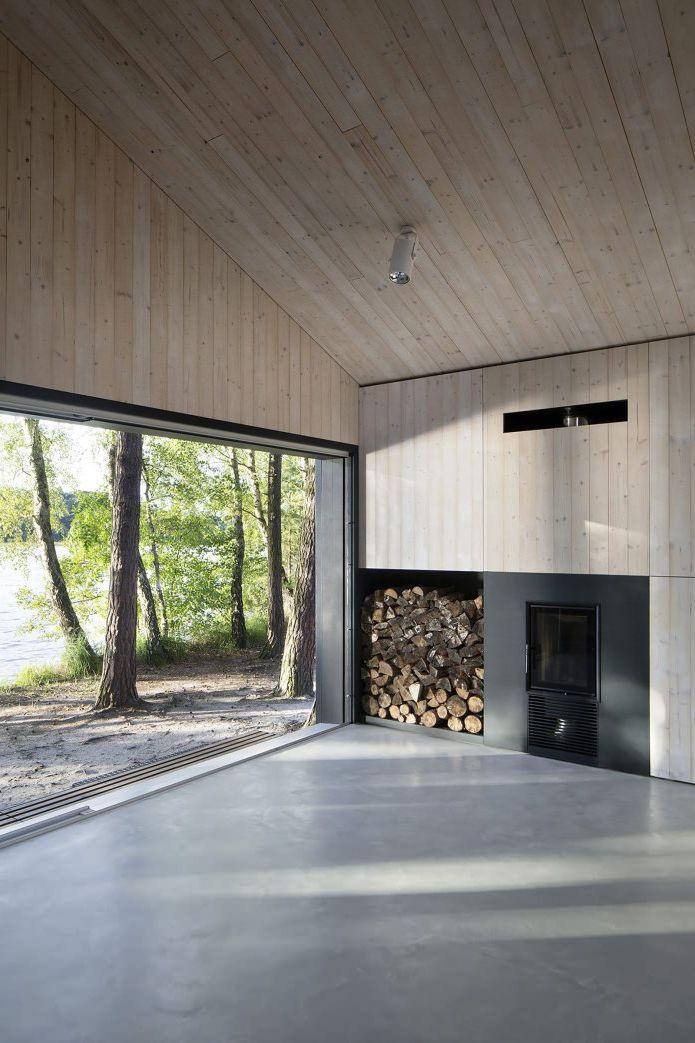 Kominek w małym nowoczesnym domu
