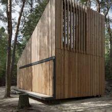 Nowoczesny projekt małego prywatnego domu w lesie-5